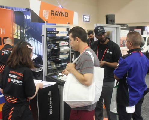rayno employee assisting customer